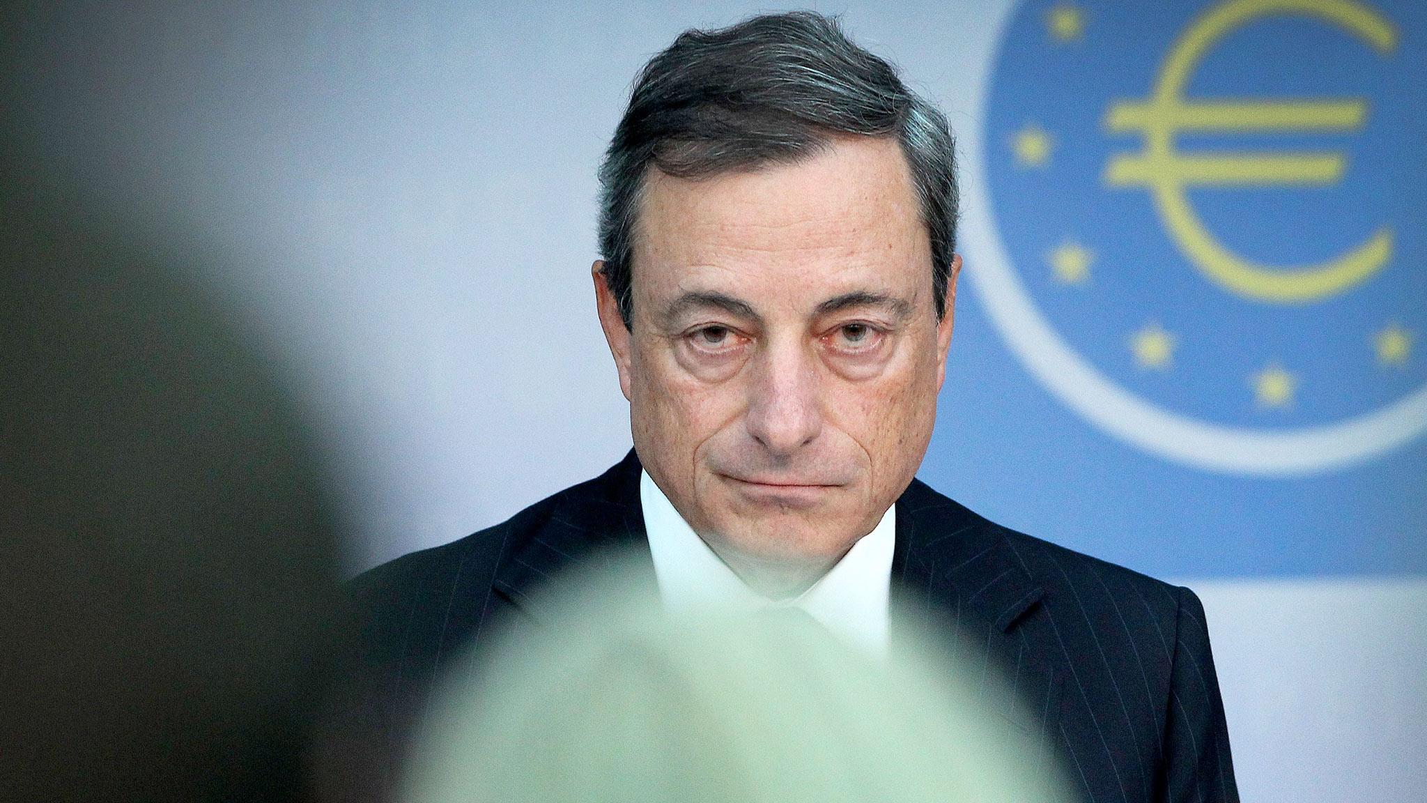 Euro in caduta libera